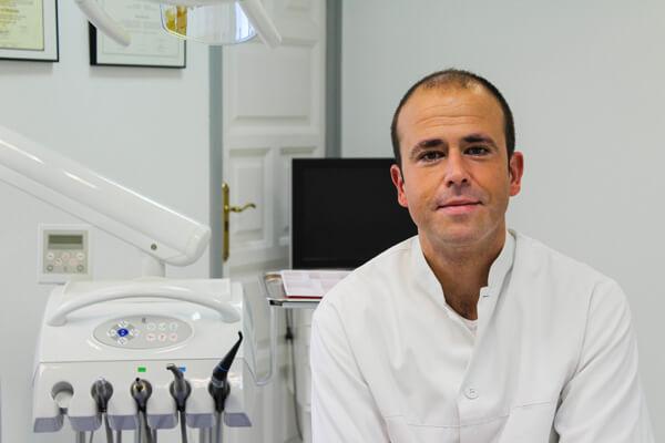 Prótesis, Endodoncia y Estética Dental en Tortosa